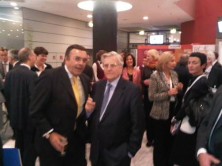 Mario Ohoven und der Preisträger Jean-Claude Juncker im angeregten Gespräch.